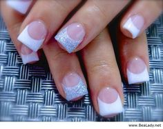 Want these nails for Prom!