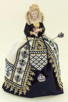 Sara – A Deruta Renaissance Pincushion Doll