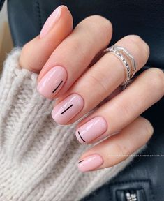 35 Pretty nail art designs for any occasion - nail art designs, nail design ideas - Cute Short Nails, Short Gel Nails, Cute Nails, Ideas For Short Nails, Manicure For Short Nails, Cute Simple Nails, Short Nails Art, Lilac Nails, Pink Nail Art