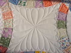 Double Wedding Ring quilt with nice color shading. Description from pinterest.com. I searched for this on bing.com/images
