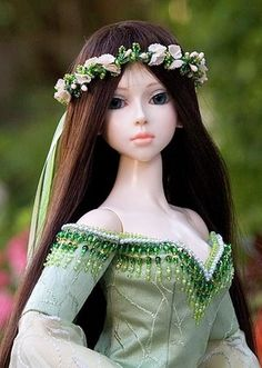 Yes, I know it's a doll, but I really like the beading along the edge of the dress.