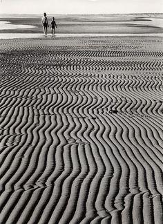 Marée basse, 1957 par Ludwig Windstosser, photographe allemand (1921- 1983)