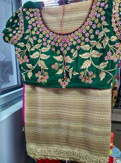 Saree Blouse Patterns, Designer Blouse Patterns, Saree Blouse Designs, Embroidery Stitches, Hand Embroidery, Embroidery Designs, Indian Blouse, Indian Sarees, Anarkali Suits