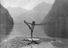 Eva Braun exercising near the Königssee.