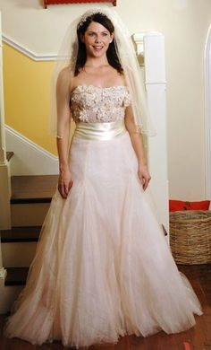 """Lorelai Gilmore on Gilmore Girls. The wedding gown she never got to wear for the """"The Perfect Dress"""" episode."""