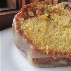 Baileys Irish Cream Bundt Cake #StPatricks