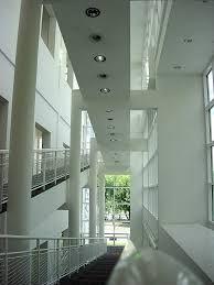 Franfurt Museum interior. Inclined plane motif.