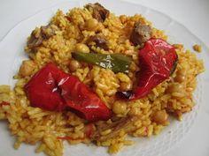 """En mi pueblo se llama """"arròs apart del puchero"""" para distinguirlo del """"arròs dins del puchero"""" en el que no hay sofrito, sólo se ñade el arroz al caldo. Este es un arroz sec… Pasta, Small Meals, Malu, Diets, Diet Recipes, Grains, Rice, Food, Cheesy Potatoes"""