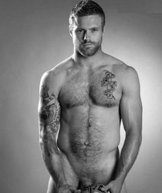 Photographed by Ian Thraves on Nikon for the Checkum celebrity Testicular Cancer awareness campaign sponsored by Macmillan Cancer Suppor. Hairy Men, Bearded Men, Nick Youngquest, Australian Rugby Players, Thom Evans, Rugby Shorts, Awareness Campaign, All Blacks, Simple