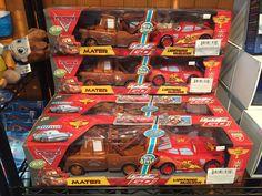 Cars Mater Flash Mcqueen téléguidé, Remorqueur qui tire Mcqueen, 39.99$ seulement #saintsauveur #jouets @Boitesurprises www.laboiteasurprises.ca Shopkins, Flash Mcqueen, Saint Sauveur, Lightning Mcqueen, Pinball, Games, Tug Boats, Toys, Gaming