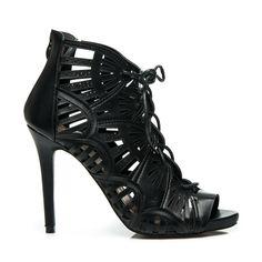 Ażurowe sandały z wiązaniem Sarah - czarny