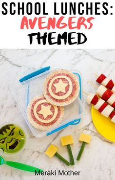 Awesome avengers themed lunch box ideas for back to school. This is the perfect way to make your superhero lovers day! Healthy Toddler Meals, Kids Meals, Kids Lunch For School, School Lunches, Superhero Party Food, Fun Snacks For Kids, Kid Snacks, Eat Lunch, Food For A Crowd