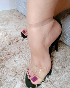 Seduction By The Feet. Sexy High Heels, Hot Heels, Cute Toes, Pretty Toes, Feet Soles, Women's Feet, Stilettos, Sexy Zehen, Pies Sexy