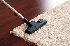 Comment nettoyer une tache sur un tapis ? Astuce de grand-mère