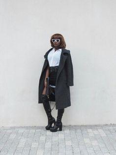 www.styledbypromise.com Punk it Up Lfw15 #monochrome #punk #black&white #overthekneelboots #londonfashionweek #streetstyle #2015 Monochrome, Black White, Normcore, Punk, Street Style, Blog, Fashion, Black And White, Moda