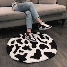 """Handmade Cow Print Punch Needle Rug (Dimensions: 30"""" x 34.5""""). Backed with a rubberized felt grip backing. Made in Vancouver, BC 🇨🇦 Tufting Diy, Cow Rug, Funky Rugs, Rug Hooking Designs, Punch Needle Patterns, Cow Pattern, Indie Room, Hand Tufted Rugs, Cow Print"""