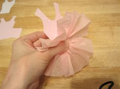 step by step instructions for a tutu party - How to make tutu decor Ballerina Birthday Parties, Ballerina Party, 2nd Birthday Parties, Birthday Ideas, Tutu Decorations, Birthday Party Decorations, Birthday Party Invitations, Moldes Para Baby Shower, Ballerina Baby Showers