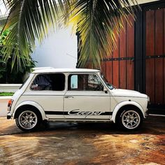Tropical Sunday morning Owner - My old classic car collection Mini Cooper Classic, Mini Cooper S, Classic Mini, Mercedes G Wagon, Mercedes Amg, Chevy Impala, Bentley Continental Gt, Rolls Royce, My Dream Car