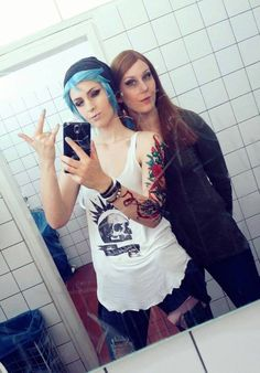 Chloe Price: Dash Cosplay (FB), Rachel Amber: Shigeako Cosplay (FB) #lifeisstrange #lifeisstrangecosplay #lis #liscosplay #dontnod #cosplay #selfie #chloeprice #chloepricecosplay #rachelamber #rachelambercosplay #dashcosplay #shigeako #shigeakocosplay