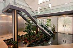 Jardines interiores bajo escaleras - Curso de Organizacion del hogar