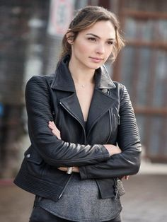 Gal-Gadot-Fast-Furious-6-Black-Leather-Jacket