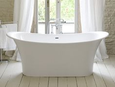 Beautiful chic French bathtub .The new Toulouse by Victoria&Albert has an Old World aesthetic that is romance personified