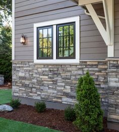 Home Exterior/Entrance: Sterling, LEDGESTONE - Versetta Stone® Brand_Stone Siding. May be nice for the exterior siding. Exterior Gris, Exterior Design, Black Exterior, Modern Exterior, House Paint Exterior, Exterior House Colors, Exterior Windows, Stone On House Exterior, Stone Veneer Exterior