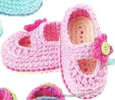 Crochet Baby Booties Flower-Trimmed Baby Girl Shoes free crochet pattern...
