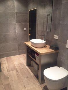 Badkamer Keramisch Parket & Betonlook tegels
