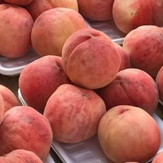 Peach Aesthetic, Aesthetic Food, Peach Fruit, Sweet Peach, Just Peachy, Sweet Potato, Vegetables, Collage Pictures, Pinterest Board