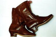 18th century Woman's Riding Boot or Buskin, Lined and Bound with Timber Heel, Chestnut Calf