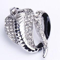 $0.78  4x3.5cm White Snake Alloy Acrylic Diamond Fashion Modern Brooch http://www.eozy.com/4x3-5cm-white-snake-alloy-acrylic-diamond-fashion-modern-brooch.html