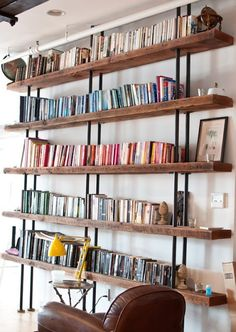 Meghan Stroebel Interiors organize books by color