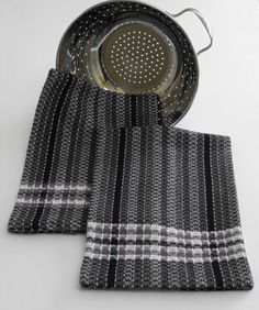 Hand Woven Kitchen Tea Towel, Black and Grey Bold Graphic Stripes, Plaid Borders, Love the color combination Weaving Textiles, Weaving Art, Weaving Patterns, Loom Weaving, Hand Weaving, Dish Towels, Tea Towels, Beautiful Color Combinations, Weaving Projects