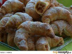 Rohlíčky ze šlehačkového těsta Bagel, Bread, Food, Brot, Essen, Baking, Meals, Breads, Buns