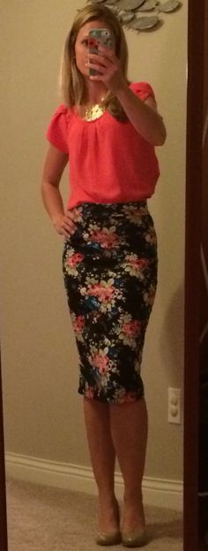 My new favorite outfit. Papermoon Bastille tulip sleeve blouse with my renee c melisa pencil skirt and Zad Adrianna circle bib necklace. Thanks Madison!!!!!