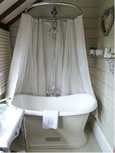 Slipper bath showers