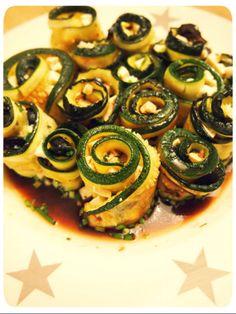 Vegane Antipasti: Zucchiniröllchen - VeganBlatt