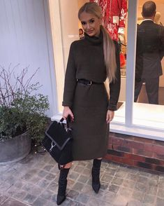 Stylish Summer Outfits, Fall Winter Outfits, Christmas Outfits, Modest Fashion, Fashion Outfits, Womens Fashion, Olive Green Outfit, Church Outfits, Fashion Photo