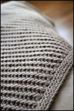 I like the boarder - what looks like five rows of single crochet