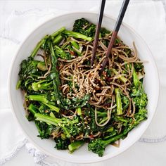 Rapini noodle bowl - gluten free, vegan, healthy, vegetarian -         Photo & Recipe Credit: countryliving.com This is a gorgeous green and brown recipe made from broccoli rabe, buckwheat soba noodles, and spices. Also gluten free, vegan, healthy, and vegetarian. Know What You Are Eating? Sign Up For FoodSniffr! Full Recipe Here Related articles  101 Healthy Foods for Your Gluten Free Diet &#