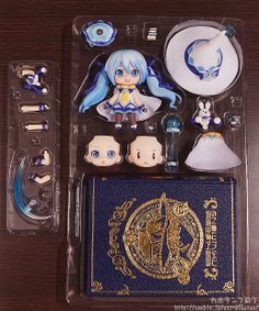Nendoroid Snow Miku: Magical Snow Ver.: ¥4,629 Release Date: July 2014