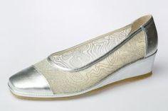Zapato salón de piel SPIFFY. Hecho en España.  #spiffy #calzado #zapatos #verano #primavera #hechoenespaña #madeinspain Feminine Style, Women's Accessories, Flats, Womens Fashion, Shoes, Court Shoes, Shoes Sandals, Summer Collection, Loafers & Slip Ons
