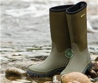 Wychwood Neoprene boot. I need some of these.