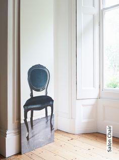 Tapete: Salon Chair - TapetenAgentur Selected Designtapete von Deborah Bowness