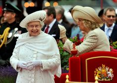 Queen Elizabeth II pictured during her Diamond Jubilee celebrations in 2012 with Camilla, Duchess of Cornwall. Sky Fit, Queen And Prince Phillip, Camilla Duchess Of Cornwall, Silly Hats, Camilla Parker Bowles, Prince William And Catherine, Prince Charles, Elisabeth Ii, Queen Elizabeth Ii