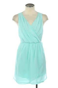 light turquoise dress... great!