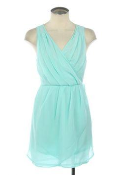 light turquoise dress... great!