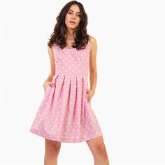This is your dress! Combine it with a pair of mules and a elegant clutch. Dresser, Polka Dot Mini Dresses, Body Measurements, Christening, Elegant, Skirts, Model, How To Wear, Cotton