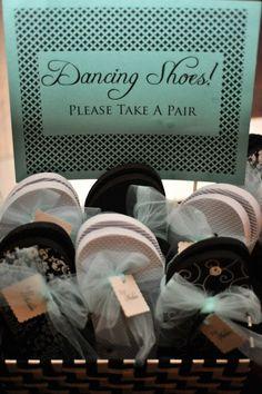 Printable Flip Flop Basket Kit - Lovely Little Party Cute Wedding Ideas, Perfect Wedding, Diy Wedding, Wedding Reception, Wedding Photos, Dream Wedding, Summer Wedding, Wedding Inspiration, Wedding Pins